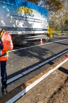 829 ongevallen in vijftien jaar, dus komen er geleiderails langs de N65: 128 bomen moeten ervoor wijken