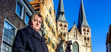 Kleurrijke VVV-baas Hein te Riele beleeft zijn laatste Dickens in Deventer: 'Na mij een nieuwe malloot'