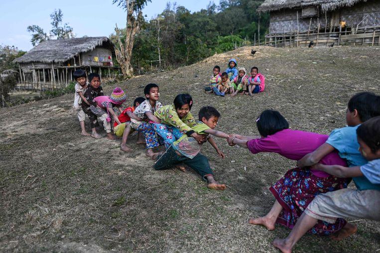 Spelende kinderen in Myanmar. Beeld AFP