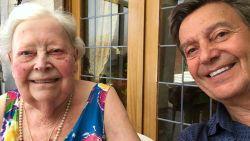 """Willy Sommers (67) neemt afscheid van zijn moeder Marguerite (91): """"Haar kamer in rusthuis was klaar, maar ze is er nooit geraakt"""""""