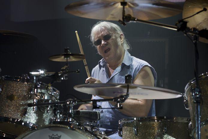 Ian Paice in 2013 tijdens een concert van Deep Purple in Zwolle.