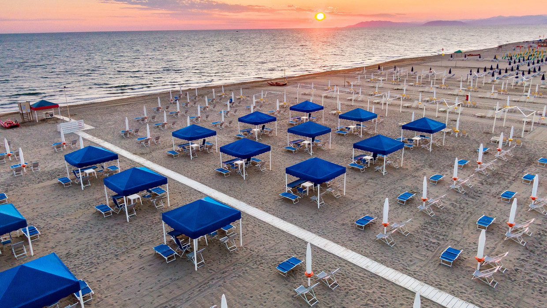 De Italiaanse minister van Toerisme Massimo Garavaglia noemde 2 juni als streefdatum voor de laars Beeld videostill