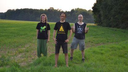 """Leuvense band Donder, Hel & Hagel hekelt hamstergedrag met nieuwe single: """"Solidariteit tonen met de allerzwaksten"""""""