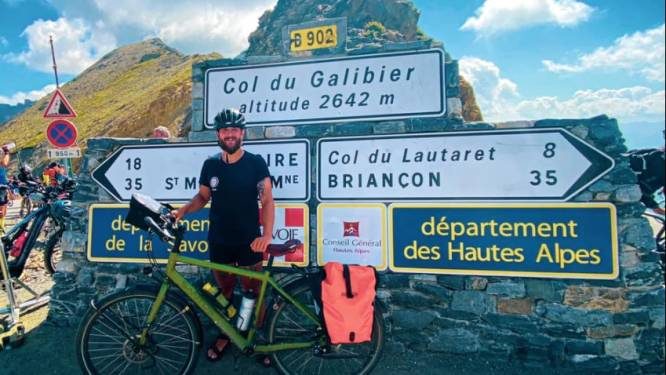 """Antwerpse leerkracht fietst helemaal naar de Middellandse Zee: """"Niet voor iedereen weggelegd? Fietsen is toch maar gewoon op uw lui gat zitten?"""""""