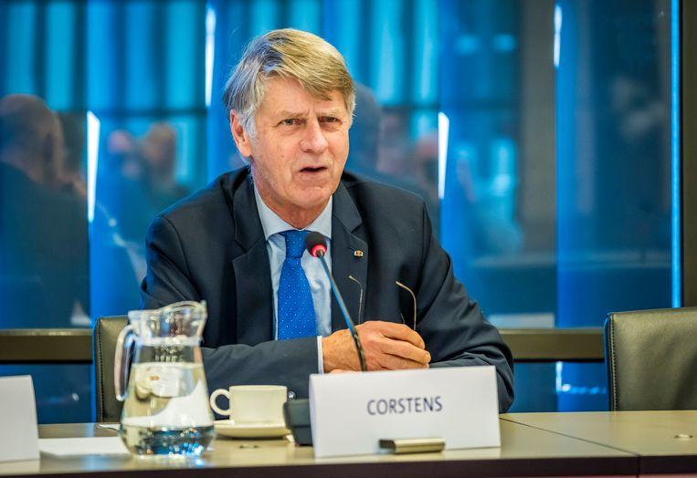 Oud-president van de Hoge Raad Geert Corstens tijdens een hoorzitting in de Tweede Kamer. Beeld Hollandse Hoogte / ANP