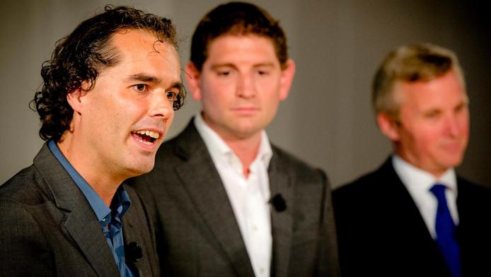 Laurens Ivens in 2014, met op de achtergrond Jan Paternotte (D66) en Eric van der Burg (VVD).