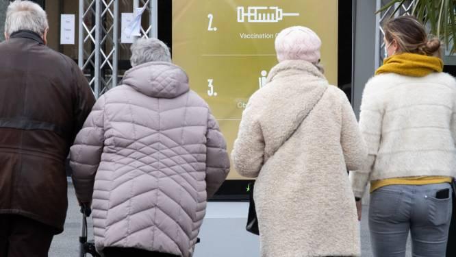 Coup d'envoi de la vaccination des plus de 65 ans en Wallonie, quatre centres ouvrent à Bruxelles