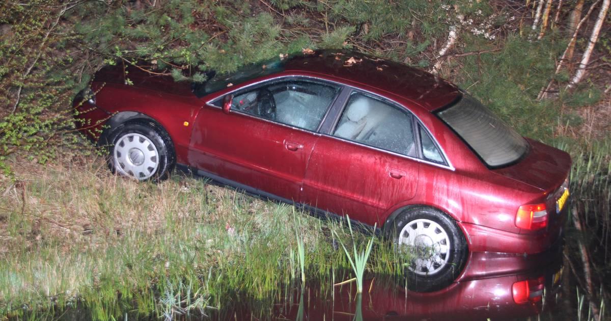 Automobilist op de vlucht voor politie na ongeval bij Holten.