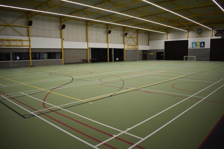 De oude sportzaal kreeg een nieuwe vloer.