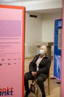 De expo vertelt het koloniale verleden via getuigenissen, dagboeken en video's om een beter beeld te geven aan bezoekers.