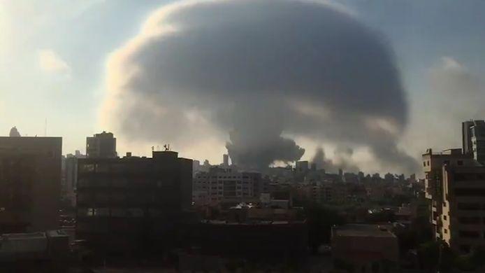 De ontploffing zorgde voor een enorme ravage en minstens honderd doden en duizenden gewonden.