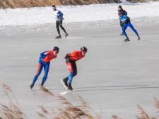 Schaatsers genieten op Veluwemeer en in Giethoorn, maar het ijs is zeer onbetrouwbaar