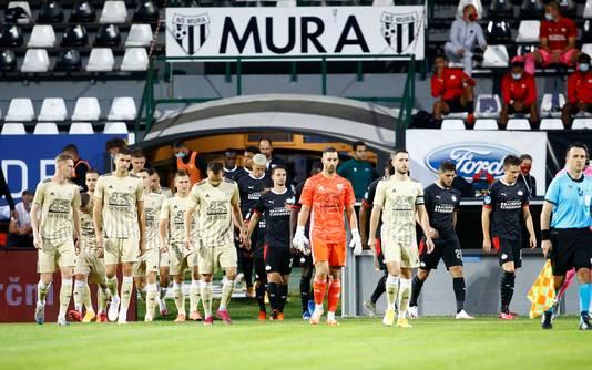 De opkomst van NS MUra in 2020, voor het Europese duel met PSV. Decor is het Fazanerija City Stadium in Murska Sobota. Tegen Vitesse wordt de wedstrijd gespeeld in Maribor.