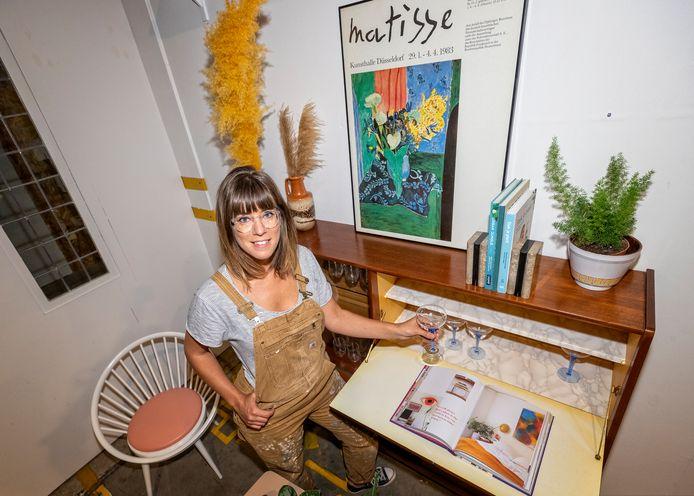 De Rijnhaven heeft een veelzijdig aanbod van nieuwe ondernemers. Marij Hessel van Enter my attic.