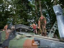 Militair burenbezoek verrast Veluwse villabewoners