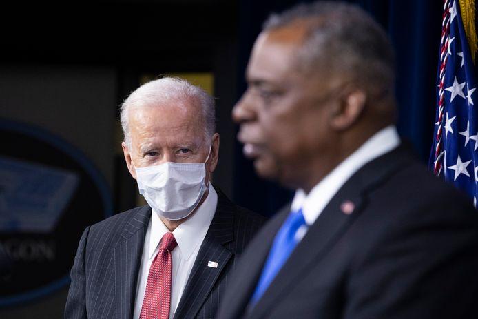 President Joe Biden en de Amerikaanse defensieminister Lloyd Austin.