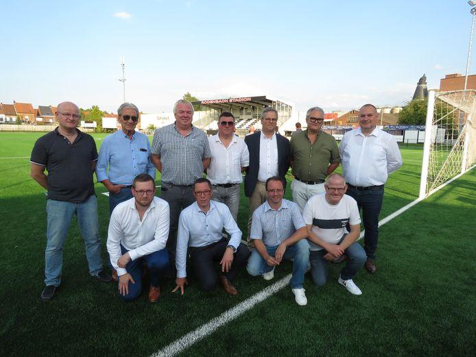 Het bestuur van Club Roeselare is apetrots op het totaal vernieuwde Rodenbachstadion.