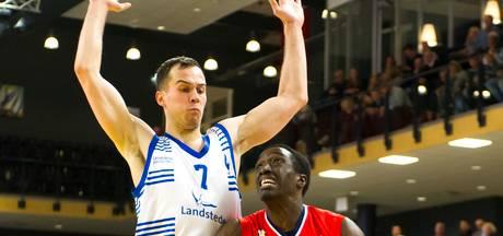 Nigel van Oostrum verlengt bij Landstede Basketbal