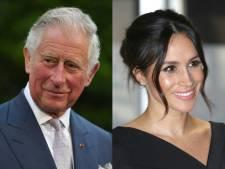 Prins Charles brengt Meghan naar het altaar