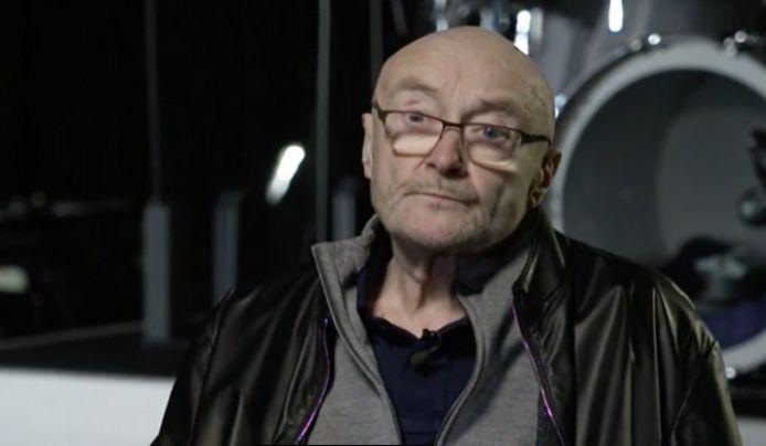 Phil Collins est méconnaissable.