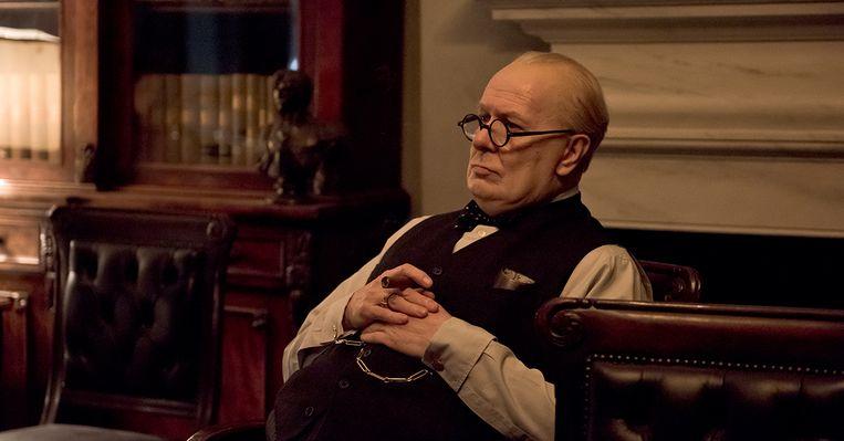 Gary Oldman als Winston Churchill in Darkest Hour Beeld Darkest Hour