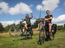 Sander Schimmelpenninck fietst met Twentse vriend naar Lapland: 'In een tentje tussen beren en wolven'