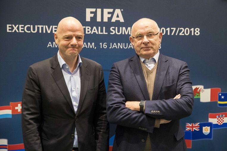 FIFA-voorzitter Gianni Infantino en KNVB-voorzitter Michael van Praag tijdens een persbijeenkomst voorafgaand aan de FIFA Executive Football Summit.  Beeld ANP