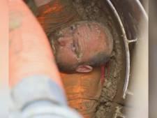 """Sauvetage d'un ouvrier enterré jusqu'aux épaules dans un trou inondé: """"Le sol m'aspirait"""""""