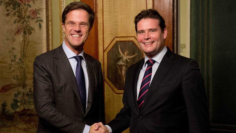 Premier Mark Rutte en VVD-staatssecretaris Frans Weekers (Financiën) Beeld ANP