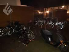Rijwiel kwijt? Politie vindt groot aantal fietsen terug in tuin Den Bosch, vermoedelijk gestolen
