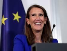 """""""Un travail accompli avec talent et brio"""": politiques et anonymes remercient Sophie Wilmès"""