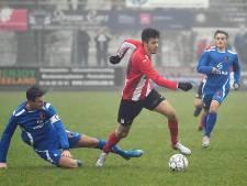 Thomas de Rijke matchwinnaar Vlissingen omdat Matthew Lentink strafschop stopt