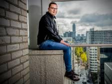 Eenzame Julien (18) overladen met steunbetuigingen na het delen van zijn verhaal: 'Dat doet me goed'