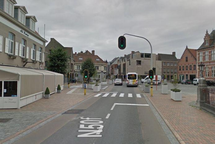 De verkeerslichten aan het Gemeenteplein werken weer zoals het moet.