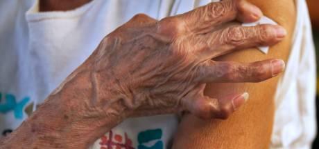L'Irlande réserve le vaccin AstraZeneca aux plus de 60 ans