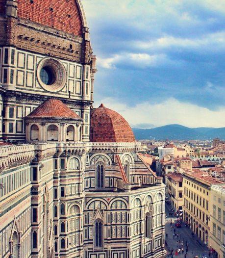Vakantie in Florence eindigt in drama: Nederlandse toerist (27) in tram in gezicht gestoken