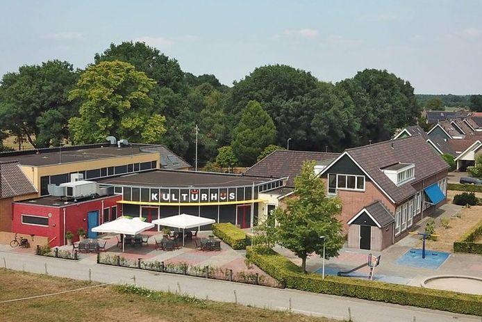 De gemeente Wierden telt drie kulturhusen: een ervan staat in de buurtschap Hoge Hexel.