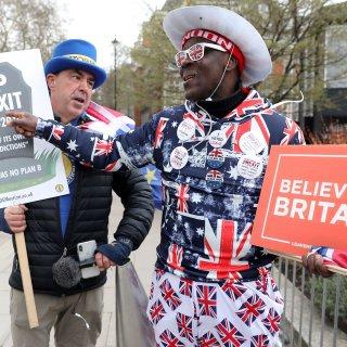 Topondernemer en oerbrexiteer John Mills: 'De Britten moeten weer spullen gaan maken'