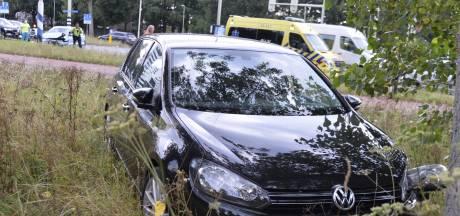 Twee gewonden bij botsing op kruising in Breda