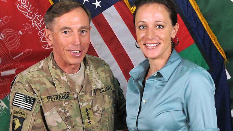 David H. Petraeus en Paula Broadwell. Beeld afp