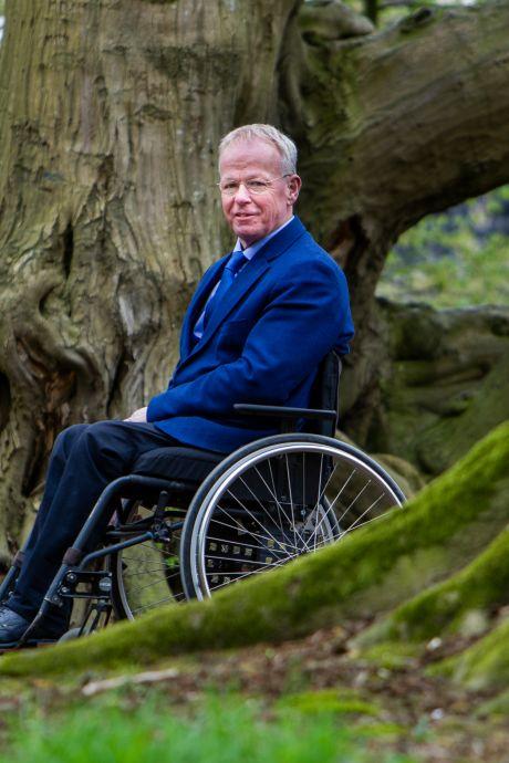 Wethouder Herman Engberink van Olst-Wijhe geopereerd na infectie: 'Wij hopen vooral dat hij weer helemaal opknapt'