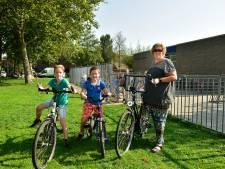 Op deze school 'moet' je deze week de kinderen op de fiets naar school brengen: 'Zelfstandigheid leren'