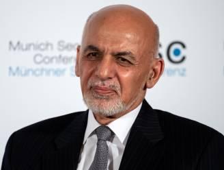 """Ex-Afghaanse president biedt excuses aan voor zijn vlucht: """"Enige manier om wapens te laten zwijgen"""""""