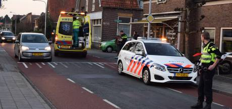 Fietser lichtgewond na aanrijding in Halle