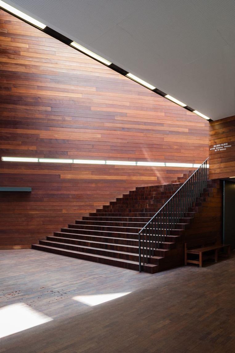 De Modenatie in Antwerpen (Marie-José Van Hee, 2002) wordt momenteel gerenoveerd door B-architecten. De houten trap wordt gelukkig bewaard.  Beeld Corbis via Getty Images
