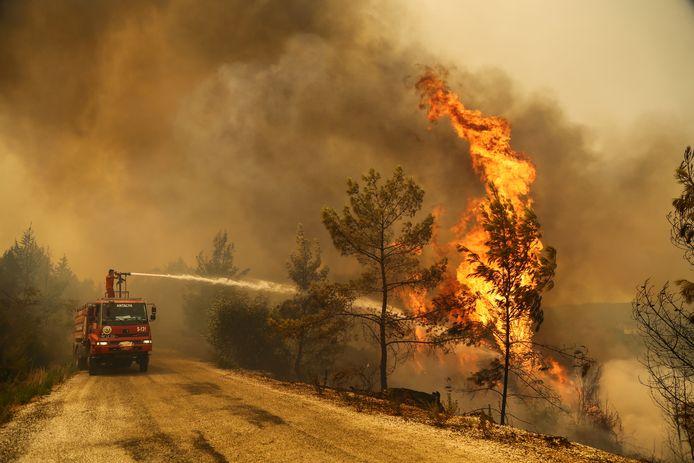 Brandweer aan het werk in Turkije.
