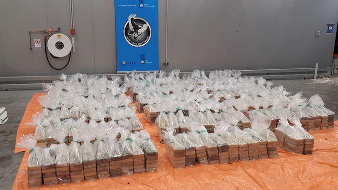 De cocaïne werd aangetroffen in een container die bestemd was voor een Haags bedrijf.