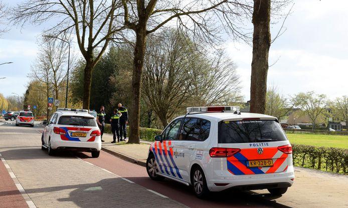 Politie voorkomt grote vechtpartij tussen twee groepen jongeren in Vught.