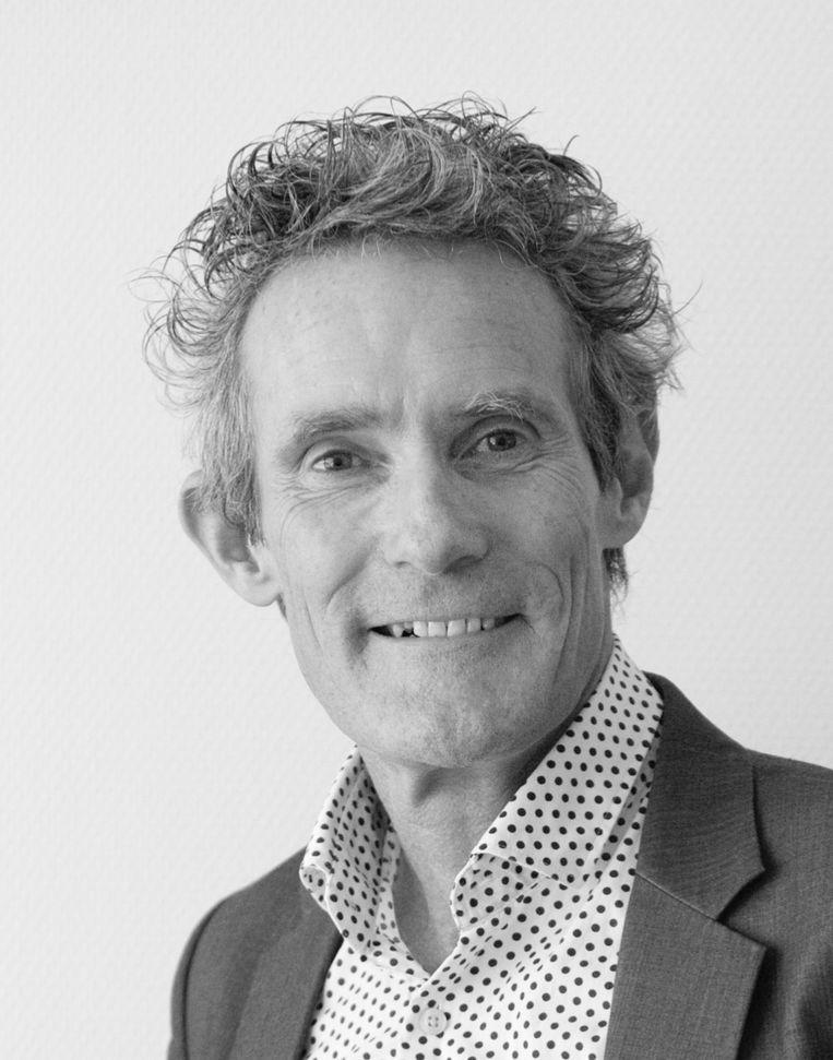 Károly Illy, kinderarts, voorzitter van de Nederlandse Vereniging voor Kindergeneeskunde en lid van het Outbreak Management Team. Beeld -