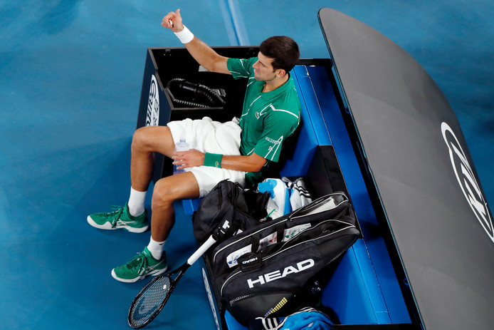 Novak Djokovic était très fâché à la fin du second set.